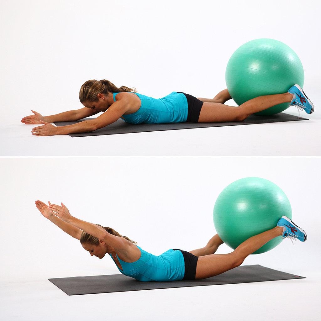 Упражнения пилатес с мячом спина фото